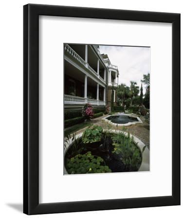 Fountains in Front of Mansion, Calhoun Mansion, Charleston, Charleston County, South Carolina, USA