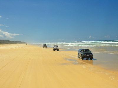 https://imgc.artprintimages.com/img/print/four-wheel-drives-seventy-five-mile-beach-fraser-island-queensland-australia_u-l-p685kc0.jpg?p=0
