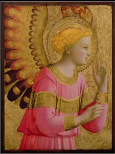 Annunciatory Angel, 1450-55 (Gold Leaf and Tempera on Wood Panel) (See also 139312) by Fra Angelico