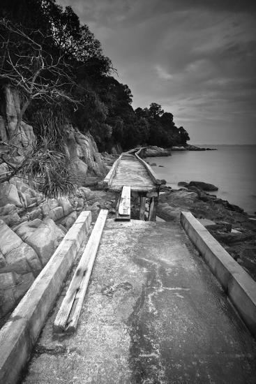 Fragmented-Michael de Guzman-Photographic Print