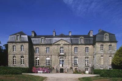 France, Brittany, Morbihan, Guegon, Main Façade of Treganteur Castle--Giclee Print