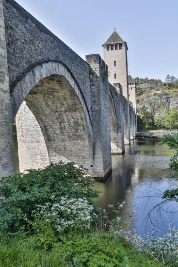 France, Cahors. Pont Valentre over the Lot river-Hollice Looney-Photographic Print