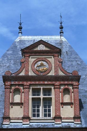 France, Ile-De-France, Fontainebleau, 16th Century Fontainebleau Palace--Giclee Print