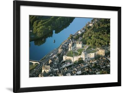 France, Loire Valley, View of Chateau D'Amboise, 13th Century--Framed Photographic Print