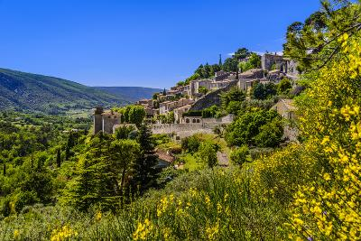 France, Provence, Vaucluse, Bonnieux, View of the Village-Udo Siebig-Photographic Print