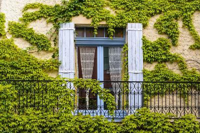 France, Provence, Vaucluse, Saint-Saturnin-L?s-Apt, Architecture Detail-Udo Siebig-Photographic Print