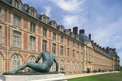 France, Seine Et Marne, Ile-De-France, Statue Outside Fontainebleau Castle--Giclee Print
