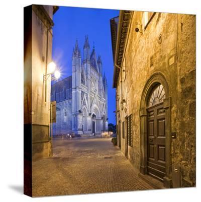 Italy, Umbria, Terni District, Orvieto, Cathedral in Piazza Duomo
