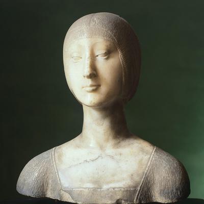 Bust of Eleonora of Aragon