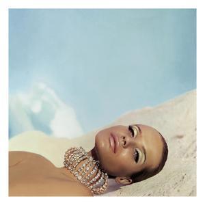 Vogue - April 1966 by Franco Rubartelli