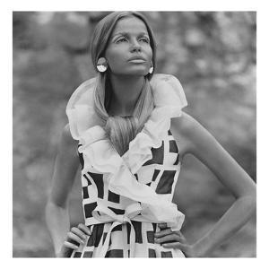 Vogue - June 1968 - Veruschka in Sleeveless Print Dress by Franco Rubartelli