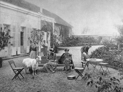 https://imgc.artprintimages.com/img/print/francois-coppee-french-poet-and-novelist-1907_u-l-ptvv4e0.jpg?p=0