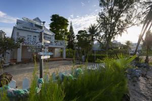 Hastings Beach House, Bridgetown, Christ Church, Barbados, West Indies, Caribbean, Central America by Frank Fell