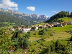 Moena, Fassa Valley, Trento Province, Trentino-Alto Adige/South Tyrol, Italian Dolomites, Italy by Frank Fell