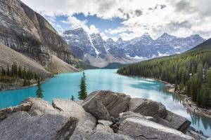 Moraine Lake and the Valley of the Ten Peaks, Banff National Park, UNESCO World Heritage Site, Cana by Frank Fell