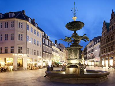 Restaurants and Fountain at Dusk, Armagertorv, Copenhagen, Denmark, Scandinavia, Europe