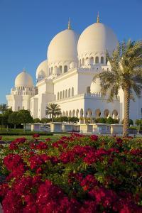 Sheikh Zayed Bin Sultan Al Nahyan Mosque, Abu Dhabi, United Arab Emirates, Middle East by Frank Fell