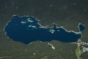 Eibsee, Lake Eibsee Hotel, Grainau, Resort, Tourism Region by Frank Fleischmann