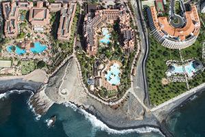 Tenerife, La Caleta, Playa De La Enramada, Costa Adeje, Volcano Coast by Frank Fleischmann