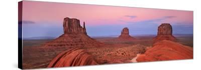 Mittens in Monument Valley, Arizona