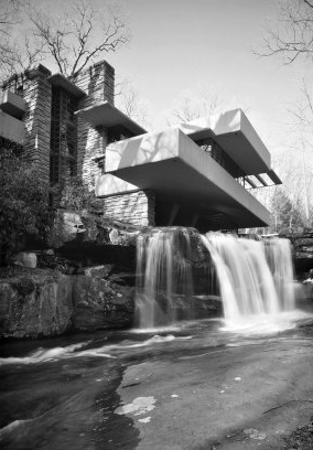 Frank Lloyd Wright, Falling Water