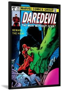 Daredevil No.163 Cover: Hulk and Daredevil Fighting by Frank Miller