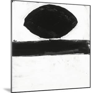Black and White O by Franka Palek