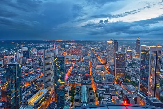 frankfurt-am-main-at-night