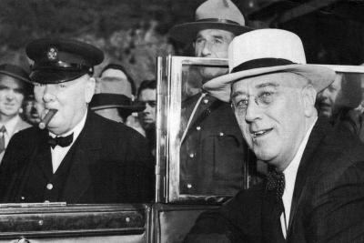 Franklin D Roosevelt and Winston Churchill Meeting in Quebec, Canada, 1944--Giclee Print