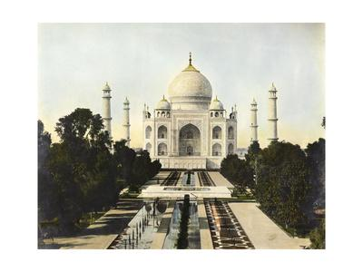 The 17th Century Taj Mahal Is an Example of Mughal Architecture