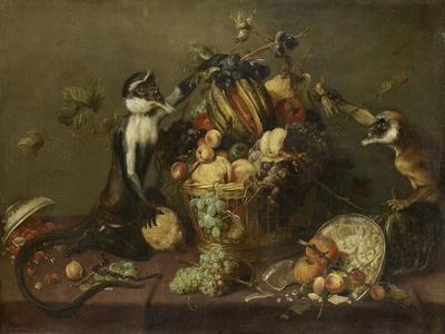 Deux singes pillant une corbeille de fruits