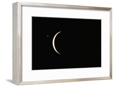 Photo of Venus & Crescent Moon