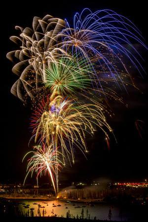 USA, Colorado, Frisco, Dillon Reservoir. Fireworks display on July 4th
