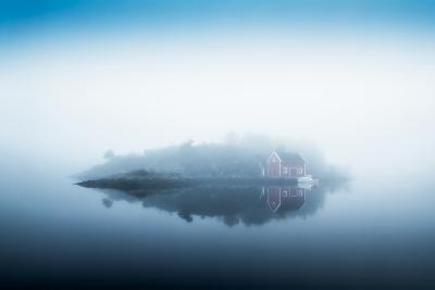 Free Falling-Lars Arvid Hellebø-Photographic Print