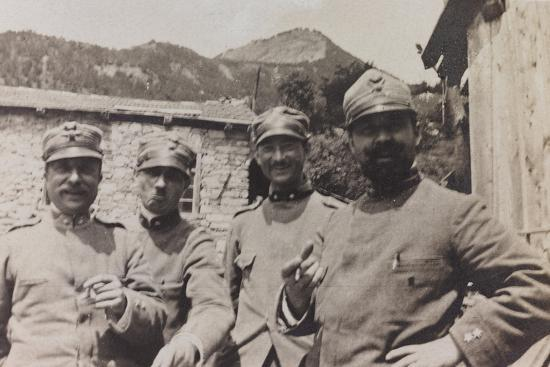 Free State of Verhovac-July 1916: a Group of Italian Soldiers in Bevorchians in Val D'Aupa--Photographic Print