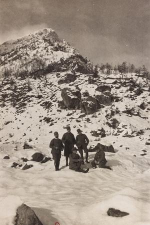 Free State of Verhovac-July 1916: Italian Soldiers in the War Zone During the Winter--Photographic Print