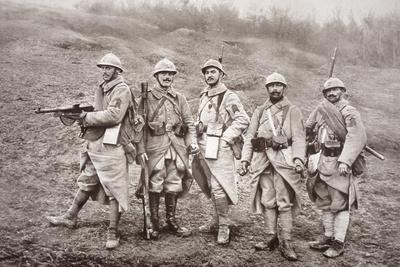 French WWI Infantry with Weapons, 1918