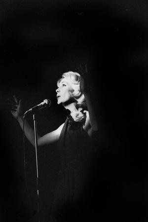 https://imgc.artprintimages.com/img/print/french-singer-betty-mars-on-stage-in-bobino-paris-february-1972_u-l-pwgkch0.jpg?p=0
