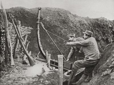 https://imgc.artprintimages.com/img/print/french-soldiers-using-a-catapult-for-flinging-bombs-during-world-war-one_u-l-puxoj50.jpg?p=0