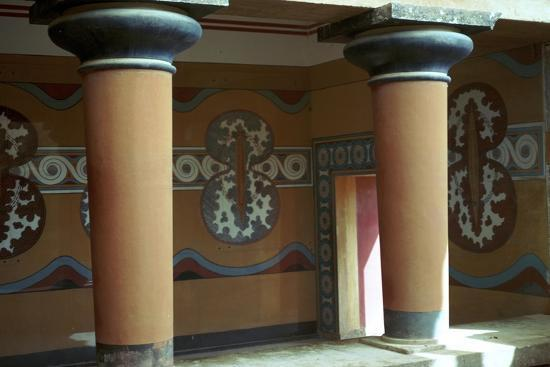 Fresco of shields in the grand stairway at Knossos, 18th century BC-Unknown-Giclee Print