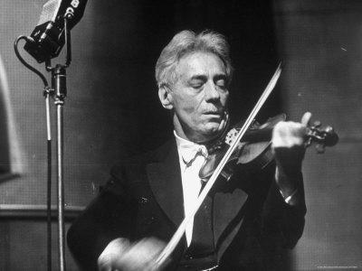 https://imgc.artprintimages.com/img/print/fritz-kreisler-austrian-born-violinist-and-composer-playing-the-violin-in-an-nbc-studio_u-l-p43sqi0.jpg?p=0
