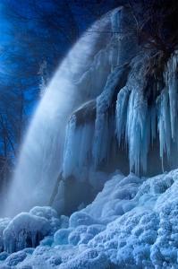 Frozen in the Moonlight