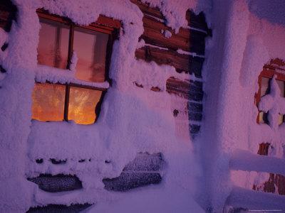 https://imgc.artprintimages.com/img/print/frozen-window-lapland-finland_u-l-pxpxq30.jpg?p=0