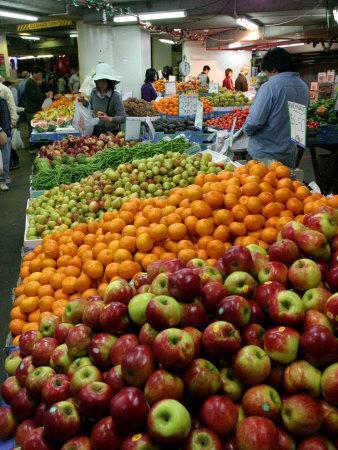 https://imgc.artprintimages.com/img/print/fruit-stall-paddy-s-market-near-chinatown-sydney-australia_u-l-p2t0c20.jpg?p=0