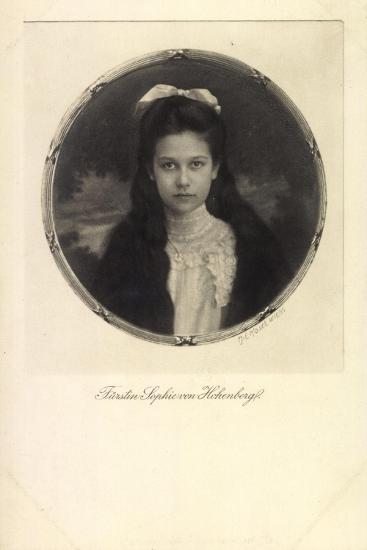 Fürstin Sophie Von Hohenberg, Portrait, Schleife--Giclee Print