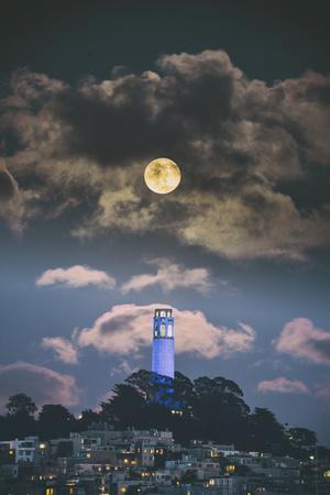 https://imgc.artprintimages.com/img/print/full-moon-over-coit-tower-san-francisco-iconic-travel_u-l-q12yzer0.jpg?p=0