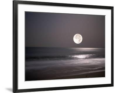 Full Moon-Mitch Diamond-Framed Photographic Print