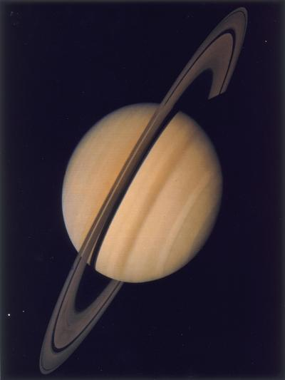 Full View of Saturn and Her Rings, 1980--Giclee Print