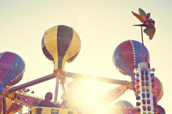 Fun Days-Libertad Leal-Premium Photographic Print