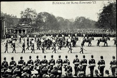 Funeral of King Edward 7, 20th May 1910, Gun Carriage--Giclee Print